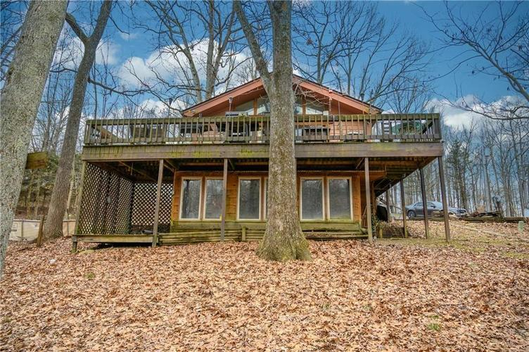 3839  Country Manor Street North Vernon, IN 47265 | MLS 21692761