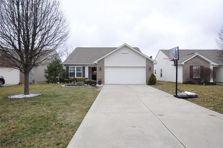 11086 Cool Winds Way Fishers, IN 46037 | MLS 21692822 | photo 2