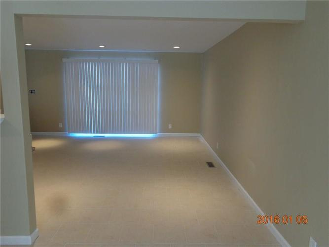5825 E 46TH Street Indianapolis, IN 46226   MLS 21692857   photo 3