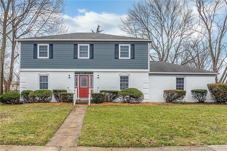 7229 Fulham Drive Indianapolis IN 46250 | MLS 21692922 | photo 1