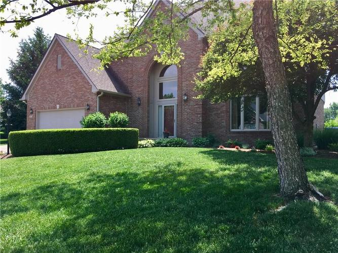 9945  Southwind Circle Indianapolis, IN 46256 | MLS 21692949