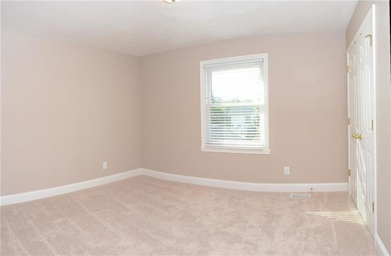 9945 Southwind Circle Indianapolis, IN 46256 | MLS 21692949 | photo 27