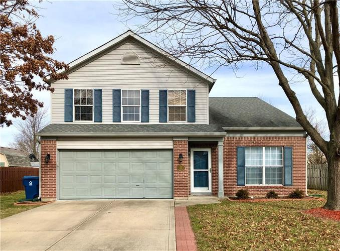 1612 Perry Commons Boulevard Indianapolis, IN 46217 | MLS 21693124 | photo 1