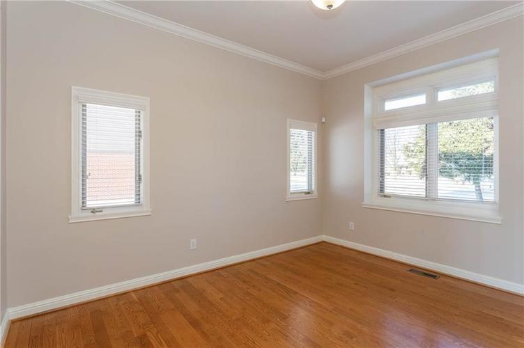 7611 PERRIER Drive Indianapolis IN 46278 | MLS 21693197 | photo 11