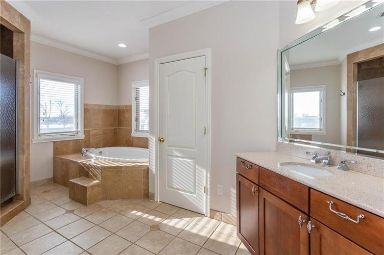 7611 PERRIER Drive Indianapolis IN 46278 | MLS 21693197 | photo 20
