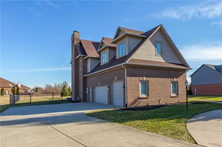 7611 PERRIER Drive Indianapolis IN 46278 | MLS 21693197 | photo 34
