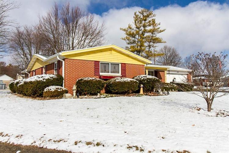 802  Parkview Drive Rushville, IN 46173 | MLS 21693417