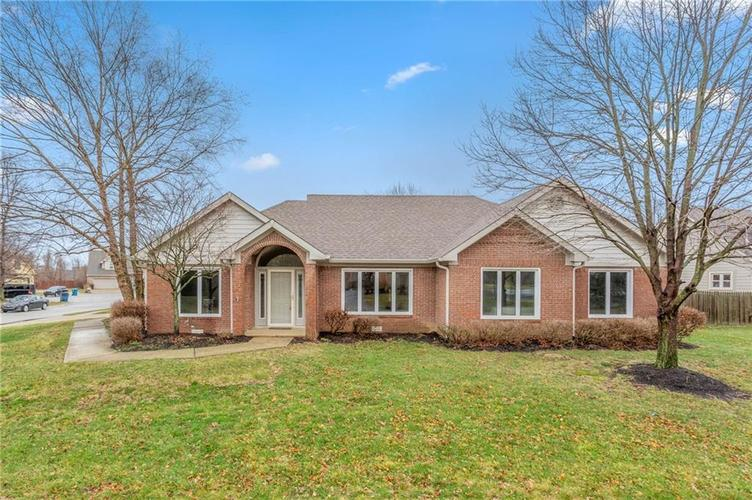 8433  Seekonk Court Indianapolis, IN 46256 | MLS 21693460