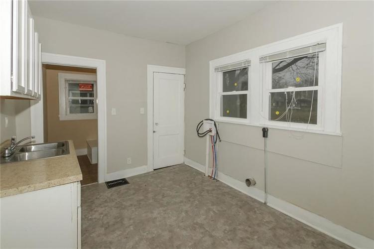 917 N Parker Avenue Indianapolis IN 46201 | MLS 21693508 | photo 10