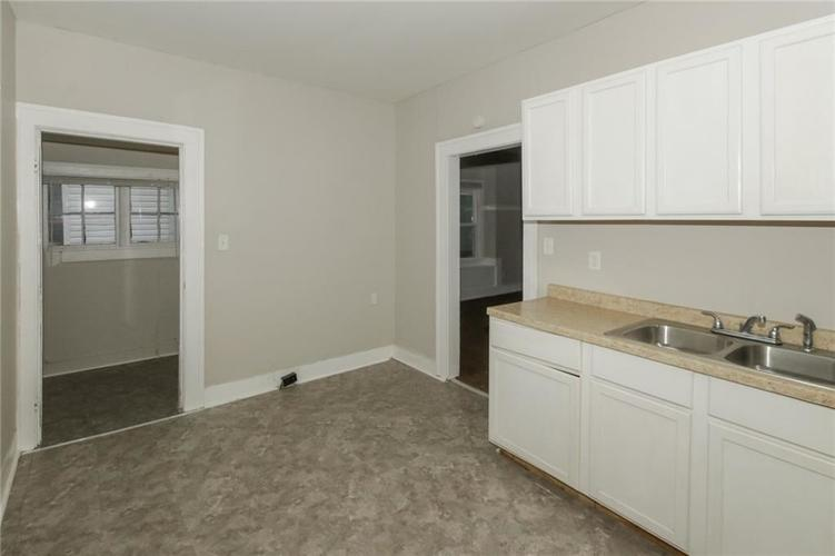 917 N Parker Avenue Indianapolis IN 46201 | MLS 21693508 | photo 11