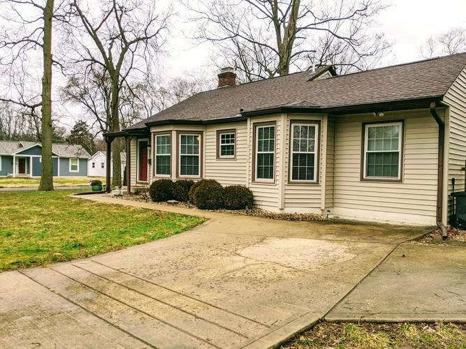 2102 E 65TH Street Indianapolis, IN 46220   MLS 21693515   photo 2