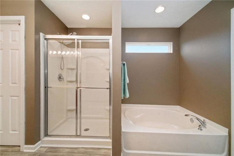 11267 SEABISCUIT Drive Noblesville, IN 46060 | MLS 21693577 | photo 24