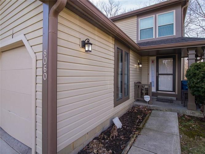8060  Sunset Cove Drive Indianapolis, IN 46236 | MLS 21693619