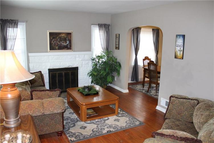 1413 N Emerson Avenue Indianapolis, IN 46219 | MLS 21693716 | photo 2