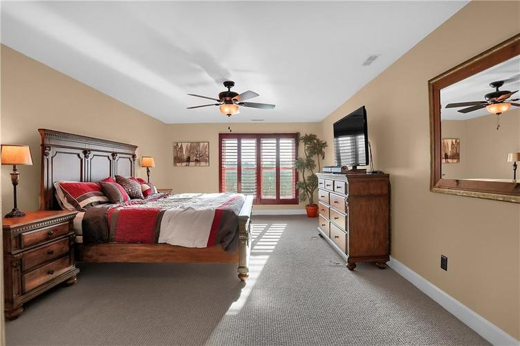 8650 Jaffa Court West Drive, Unit #33 Drive #33 Indianapolis, IN 46260   MLS 21693747   photo 15