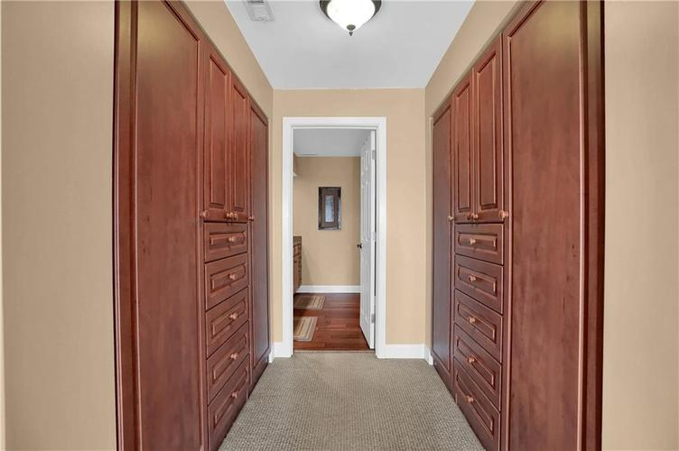 8650 Jaffa Court West Drive, Unit #33 Drive #33 Indianapolis, IN 46260   MLS 21693747   photo 17