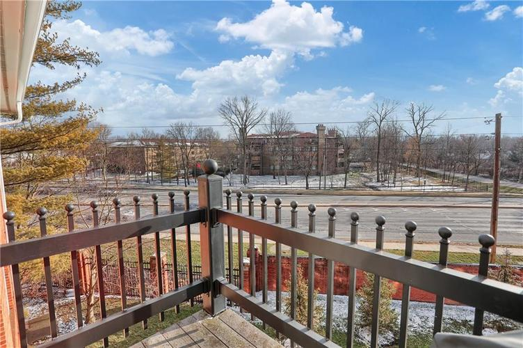 8650 Jaffa Court West Drive, Unit #33 Drive #33 Indianapolis, IN 46260   MLS 21693747   photo 24