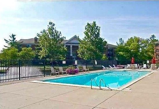 8650 Jaffa Court West Drive, Unit #33 Drive #33 Indianapolis, IN 46260   MLS 21693747   photo 29