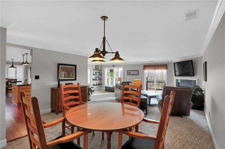 8650 Jaffa Court West Drive, Unit #33 Drive #33 Indianapolis, IN 46260   MLS 21693747   photo 4