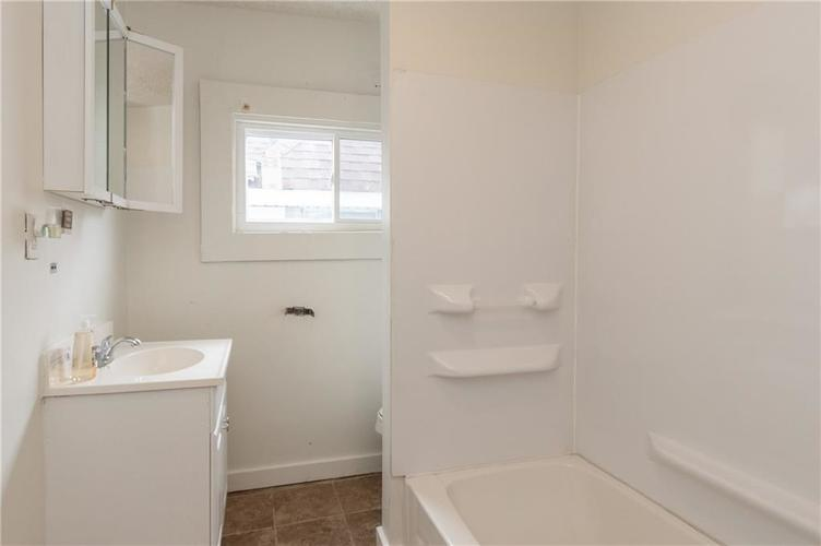 403 N Gray Street Indianapolis IN 46201   MLS 21693814   photo 15