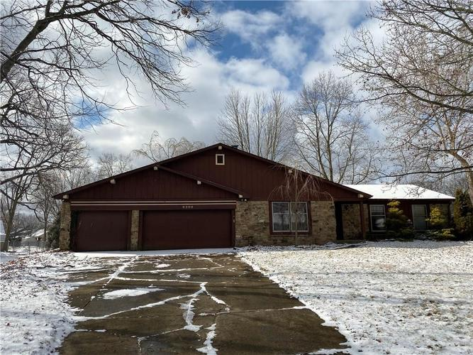 8309  Tanager Lane Indianapolis, IN 46256 | MLS 21693926