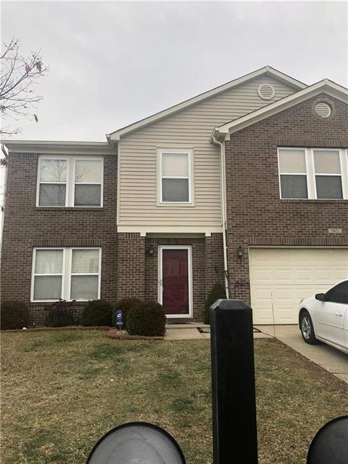5421 Grassy Bank Drive Indianapolis IN 46237   MLS 21693931   photo 1
