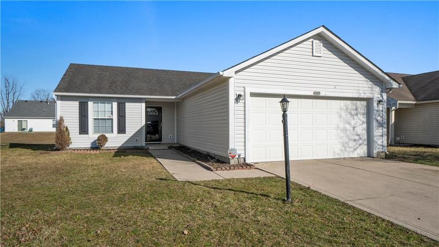 3705 Lace Bark Drive Indianapolis IN 46235 | MLS 21694060 | photo 1