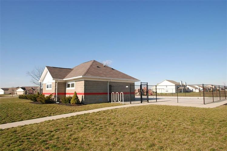 372 Thistlewood Drive Greenfield IN 46140   MLS 21694276   photo 6