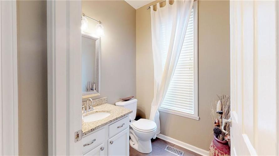 7319 Capel Drive Indianapolis, IN 46259 | MLS 21694291 | photo 15