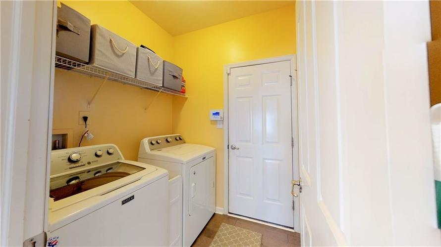 7319 Capel Drive Indianapolis, IN 46259 | MLS 21694291 | photo 17