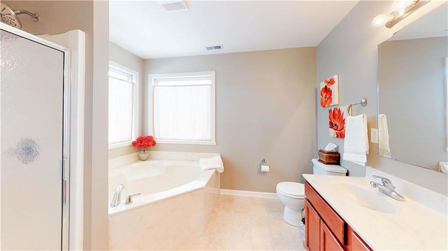 7319 Capel Drive Indianapolis, IN 46259 | MLS 21694291 | photo 22