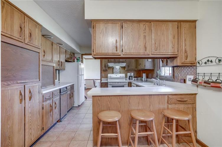 120 S PARK FOREST Drive Franklin IN 46131 | MLS 21694303 | photo 14