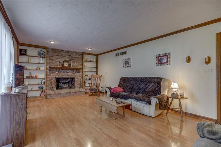 120 S PARK FOREST Drive Franklin IN 46131 | MLS 21694303 | photo 18