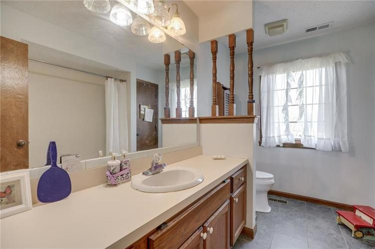 120 S PARK FOREST Drive Franklin IN 46131 | MLS 21694303 | photo 25