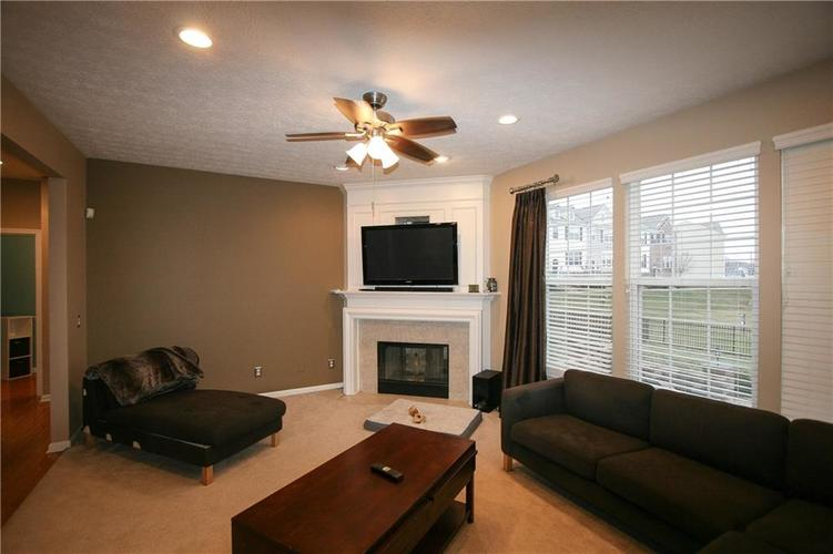 13973 Avalon East Drive Fishers, IN 46037   MLS 21694326   photo 10