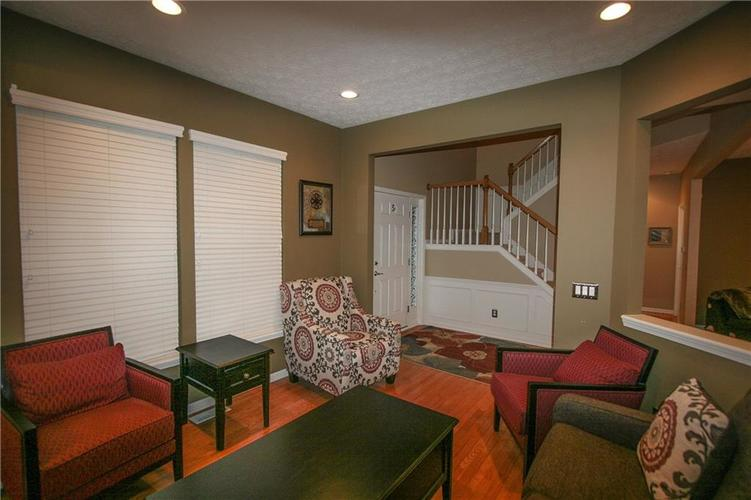 13973 Avalon East Drive Fishers, IN 46037   MLS 21694326   photo 4