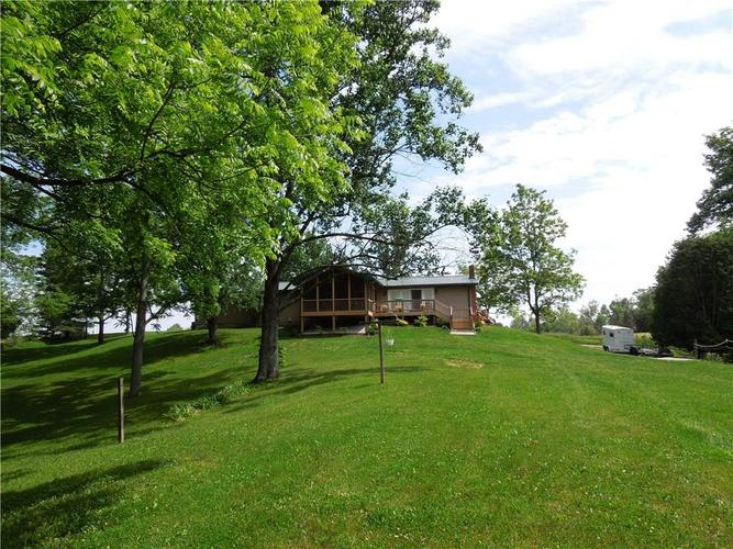 6290 W 930 S Columbus, IN 47201 | MLS 21694354 | photo 20