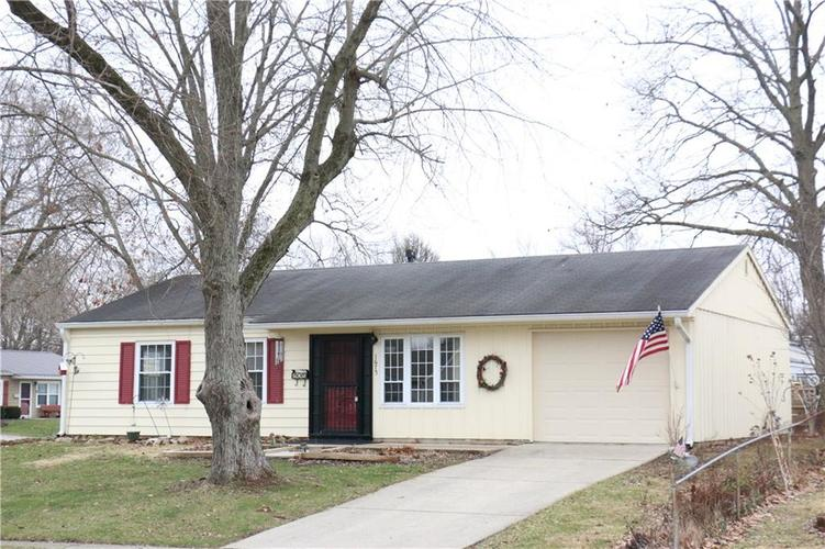 1675 Woodland Drive Noblesville, IN 46060 | MLS 21694491 | photo 1