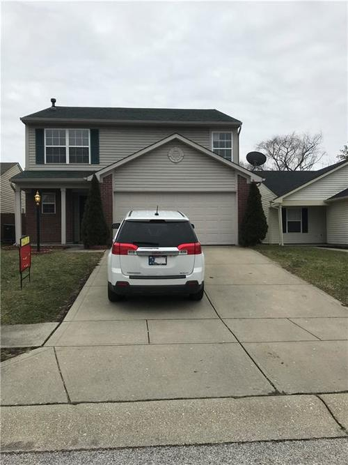 635 Deer Trail Drive Indianapolis, IN 46217 | MLS 21694658 | photo 1