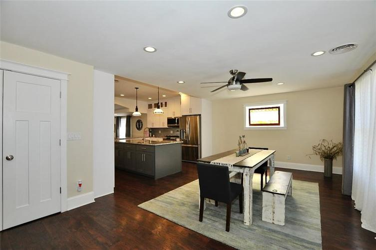 1549 Olive Street Indianapolis IN 46203 | MLS 21694700 | photo 17