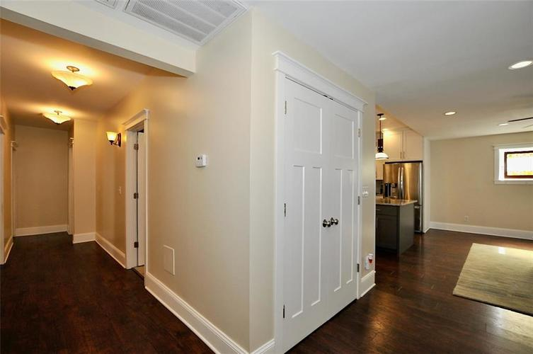 1549 Olive Street Indianapolis IN 46203 | MLS 21694700 | photo 22