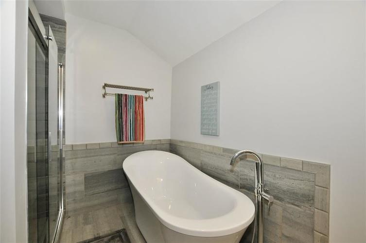 1549 Olive Street Indianapolis IN 46203 | MLS 21694700 | photo 27