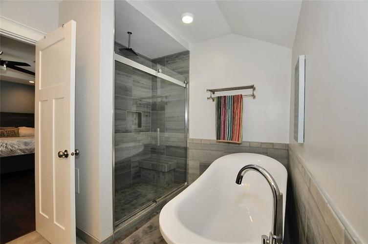 1549 Olive Street Indianapolis IN 46203 | MLS 21694700 | photo 28