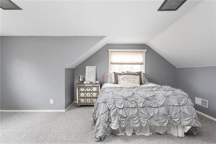 8425 Broadway Street Indianapolis, IN 46240 | MLS 21694786 | photo 14
