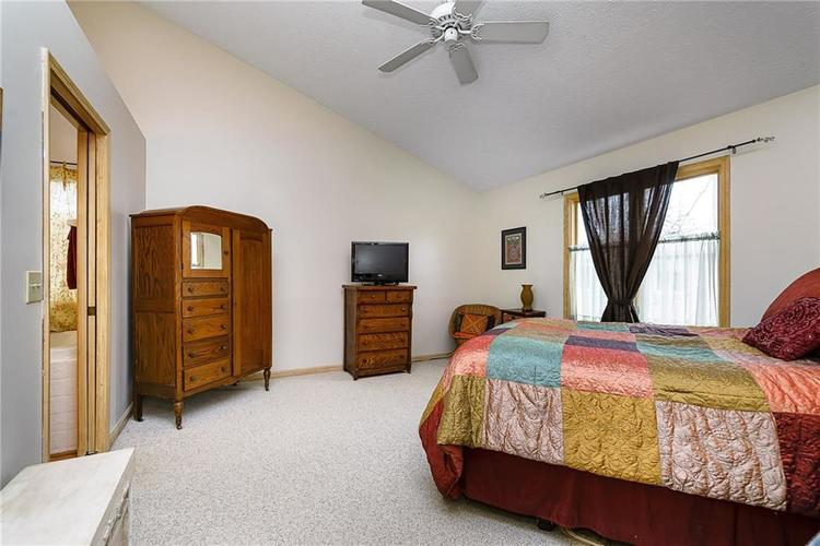 13715 Thistlewood Drive W Carmel, IN 46032   MLS 21694875   photo 12