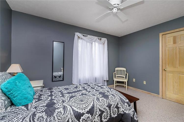 13715 Thistlewood Drive W Carmel, IN 46032   MLS 21694875   photo 16