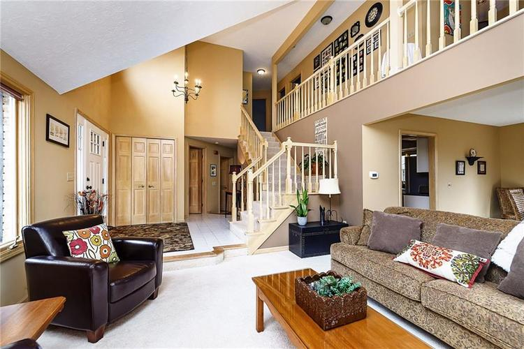 13715 Thistlewood Drive W Carmel, IN 46032   MLS 21694875   photo 6