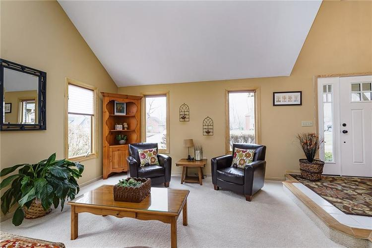 13715 Thistlewood Drive W Carmel, IN 46032   MLS 21694875   photo 8