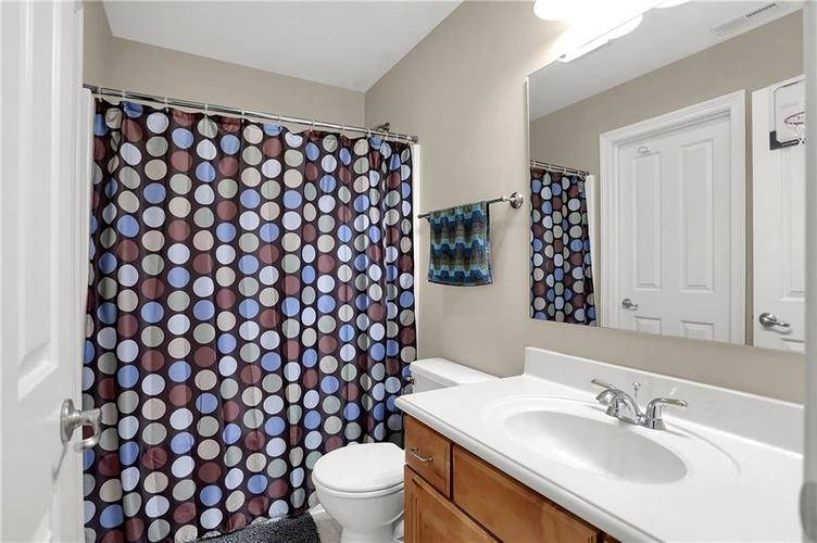 7015 Misty Woods Lane Indianapolis, IN 46237   MLS 21694882   photo 24