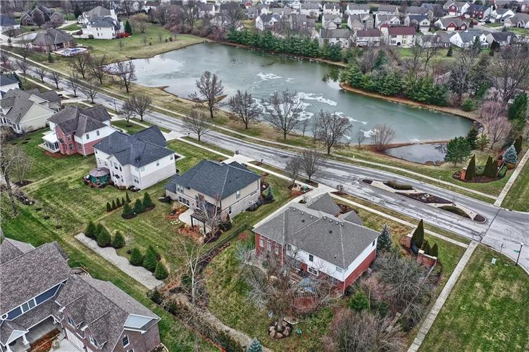 7015 Misty Woods Lane Indianapolis, IN 46237   MLS 21694882   photo 44